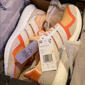 Adidas Ultraboost NIB